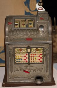 Slot machine. ~1920s. From HHM collection.
